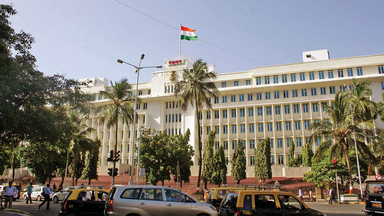 Mantralaya premises to get plastic bottle processing units