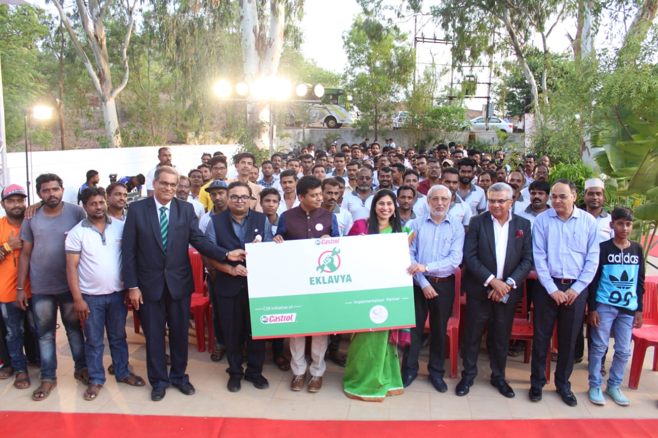 NGO-FUEL-announces-implementing-Castrol-India's-CSR-programme-for-mechanics---Castrol-Eklavya-in-Hubli
