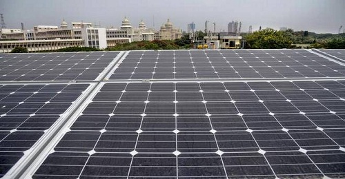 How solar power can benefit India's healthcare industry